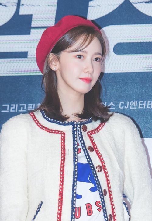 Mũ beret cổ điển phủ sóng tủ đồ sao Hàn mùa thu 2018 - ảnh 1