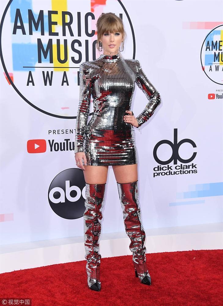 Thảm đỏ American Music Awards: Taylor Swift khoe body không chút mỡ thừa - Tiffany sến sẩm bất ngờ-1