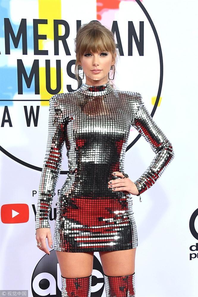 Thảm đỏ American Music Awards: Taylor Swift khoe body không chút mỡ thừa - Tiffany sến sẩm bất ngờ-2