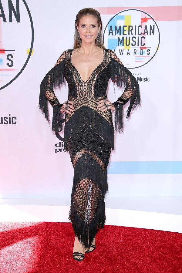 Thảm đỏ American Music Awards: Taylor Swift khoe body không chút mỡ thừa - Tiffany sến sẩm bất ngờ-7