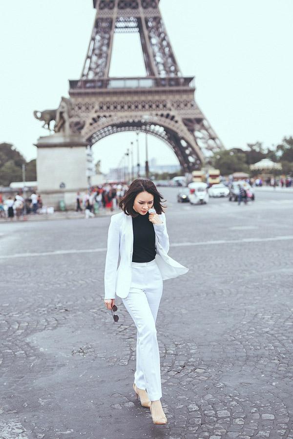 Doanh nhân Sarah Tú 'cực chất' ở Paris-4