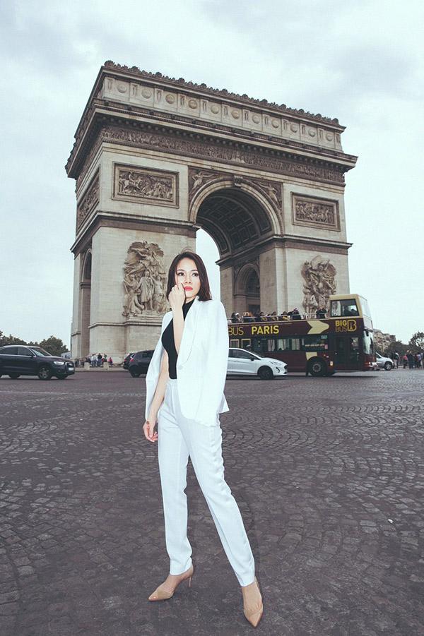 Doanh nhân Sarah Tú 'cực chất' ở Paris-8