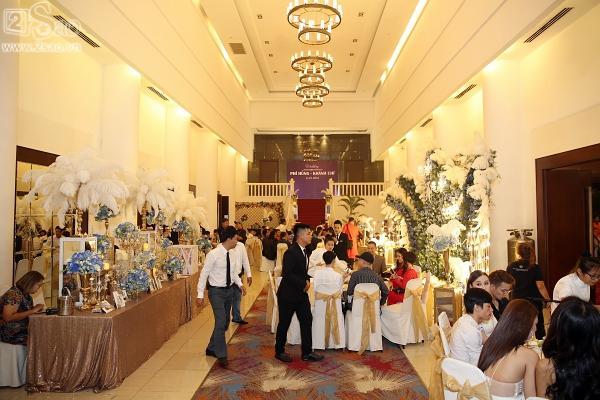1 năm sau đám cưới, Lâm Khánh Chi tiết lộ chuyện đãi tiệc bị lỗ: 650 người đi chỉ có 350 phong bì-3