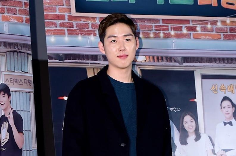 Song Hye Kyo được cư dân mạng khen ngợi đẹp người, đẹp nết-4