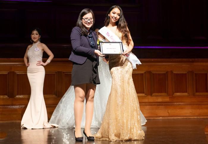9X Cà Mau đăng quang hoa khôi nữ sinh Việt tại Australia-2