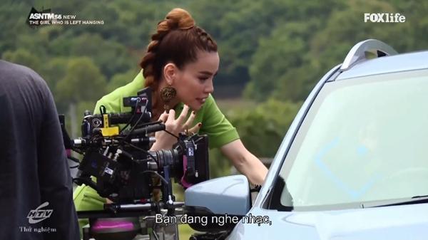 Không chỉ nói tiếng Anh lưu loát, Hồ Ngọc Hà còn thị phạm thuyết phục tại Asias Next Top Model-5