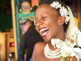 Bị bố mẹ liên tục hỏi khi nào kết hôn, cô gái trẻ làm điều cực sốc