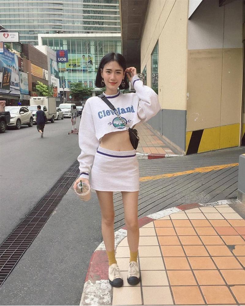 Hotgirl Thái Lan có vòng eo con kiến, trẻ hơn nhiều so với tuổi 30-1