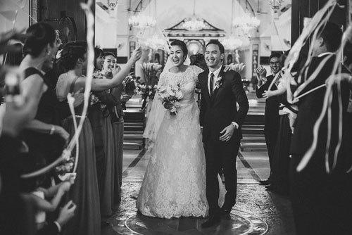 Ngoài Sĩ Thanh Oh my chuối, chưa cô dâu nào dám chơi trội biến bodysuit xuyên thấu thành váy cưới-16