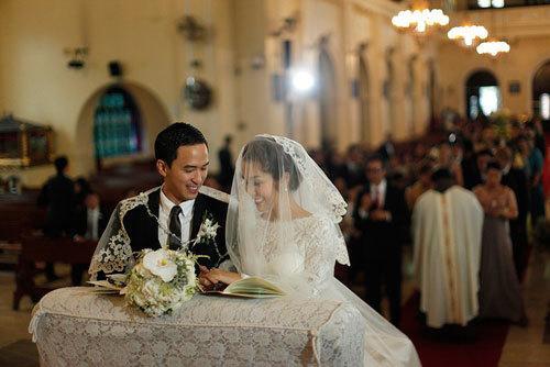 Ngoài Sĩ Thanh Oh my chuối, chưa cô dâu nào dám chơi trội biến bodysuit xuyên thấu thành váy cưới-15