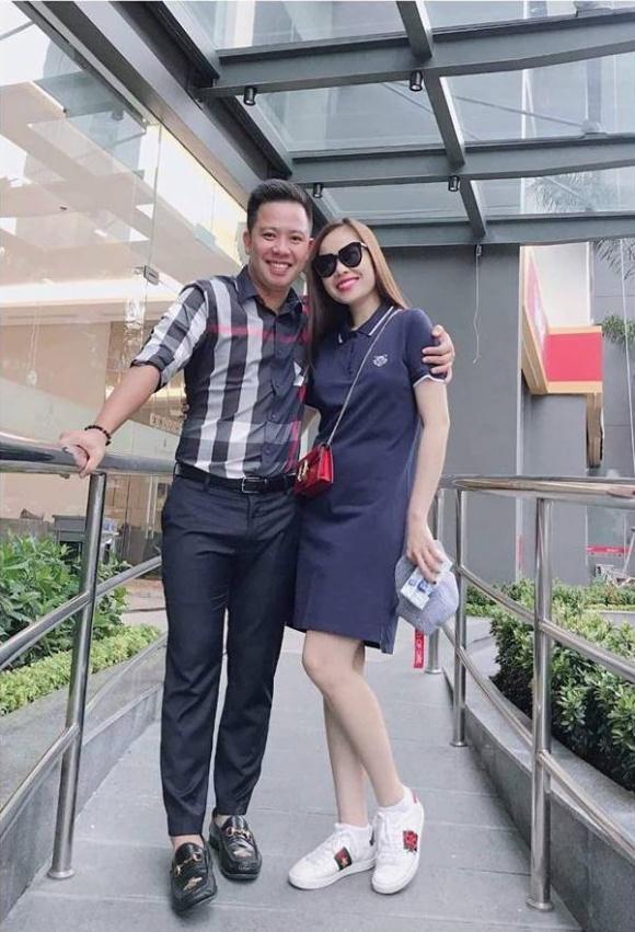 Chối đây đẩy chuyện mang thai nhưng vòng 2 của Giang Hồng Ngọc lộ to không khác gì bà bầu 5 tháng-1
