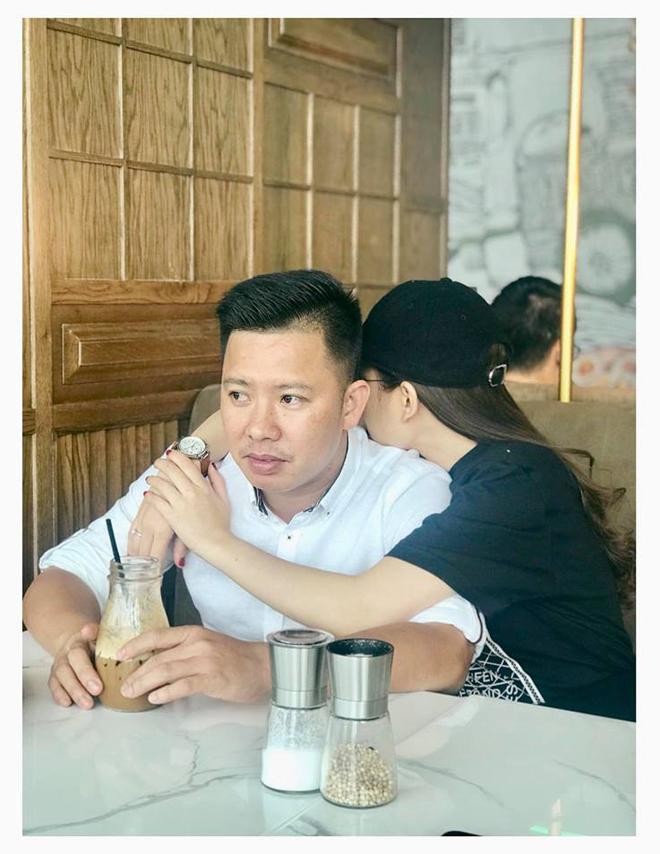 Chối đây đẩy chuyện mang thai nhưng vòng 2 của Giang Hồng Ngọc lộ to không khác gì bà bầu 5 tháng-4