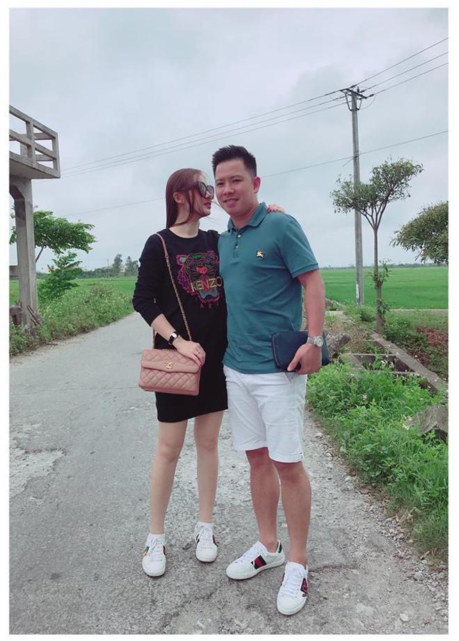 Chối đây đẩy chuyện mang thai nhưng vòng 2 của Giang Hồng Ngọc lộ to không khác gì bà bầu 5 tháng-5