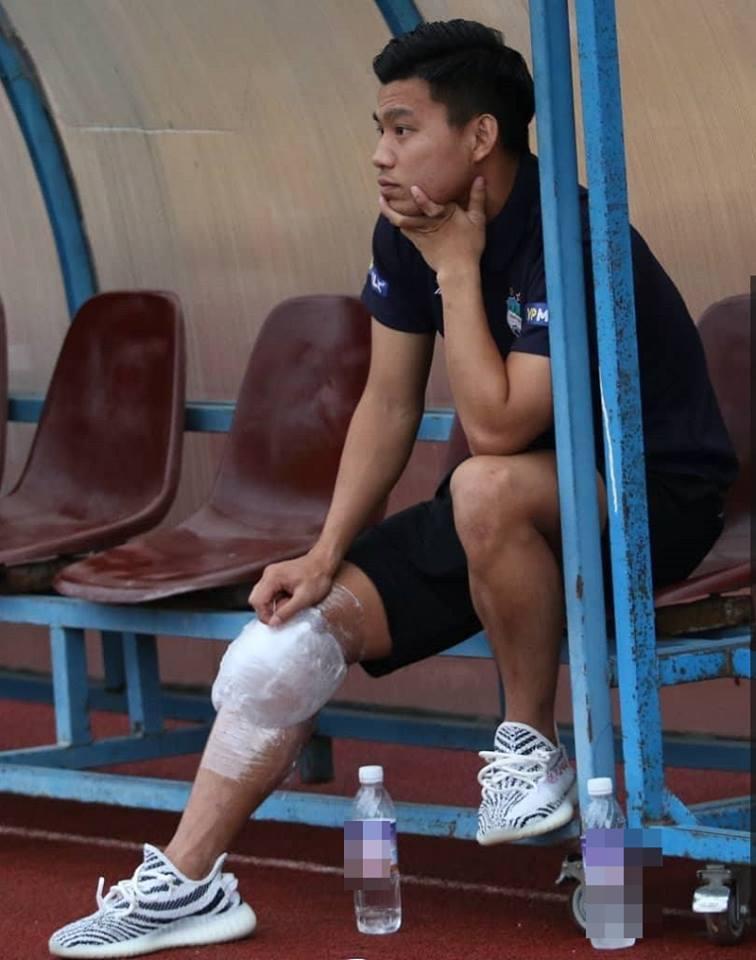 Cổ động viên sốc, cho rằng Văn Thanh bị đứt dây chằng và không thể thi đấu tại AFF Cup là quá vô lý-1