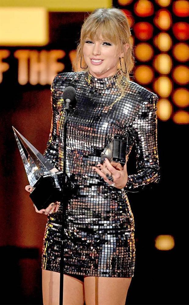 Tùng Dương phát ngôn Không thể nghe nổi 1 bài của Taylor Swift khiến làng nhạc dậy sóng phẫn nộ-1