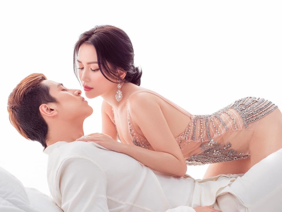 Nhiều sao Việt bộc lộ sự hoảng hốt khi xem loạt ảnh Sĩ Thanh mặc bikini ngả ngớn chốn tôn nghiêm-7