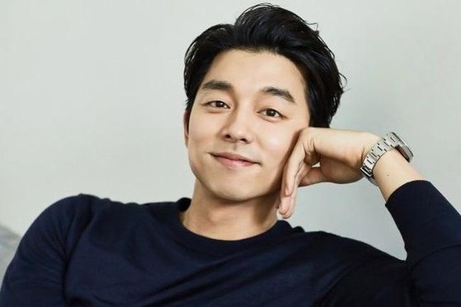 Mợ chảnh Jeon Ji Hyun dù đẹp rạng ngời vẫn mất điểm vì đôi chân gân guốc-7