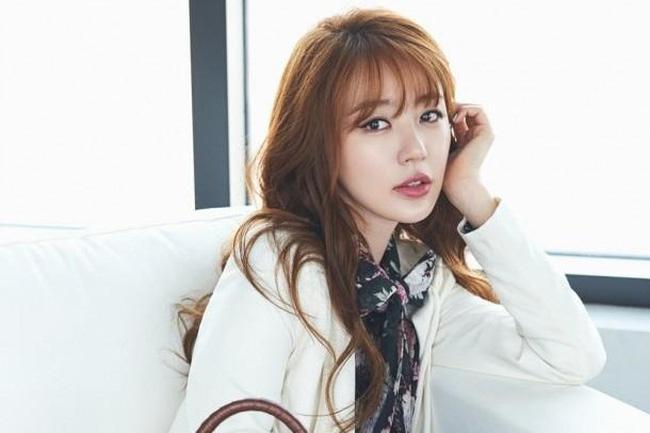 Mợ chảnh Jeon Ji Hyun dù đẹp rạng ngời vẫn mất điểm vì đôi chân gân guốc-9
