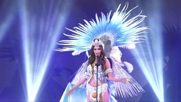 Bùi Phương Nga tỏa sáng với màn trình diễn quốc phục Ngũ Phụng Tề Phi tại Miss Grand International 2018-12