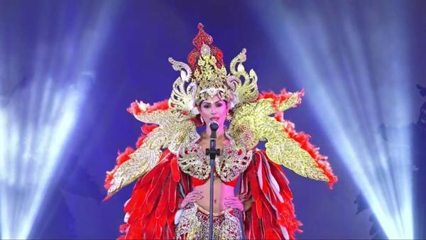 Bùi Phương Nga tỏa sáng với màn trình diễn quốc phục Ngũ Phụng Tề Phi tại Miss Grand International 2018-16