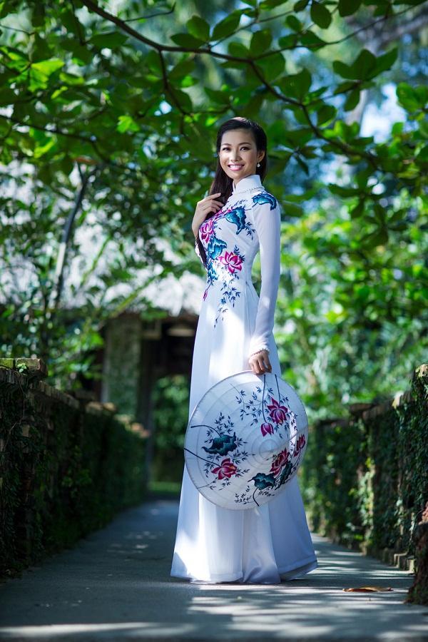 Mỹ nhân Việt trình diễn quốc phục tại Miss Grand International: Chưa ai đủ xuất sắc để vượt mặt người đẹp thi chui-1