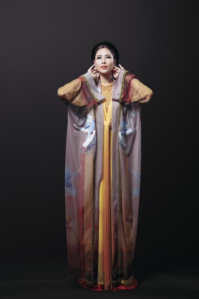 Mỹ nhân Việt trình diễn quốc phục tại Miss Grand International: Chưa ai đủ xuất sắc để vượt mặt người đẹp thi chui-7