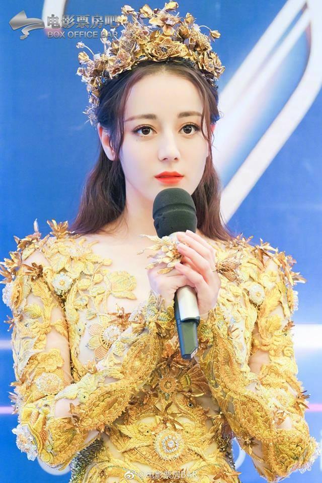 Địch Lệ Nhiệt Ba đẹp xuất sắc, chiếm top tìm kiếm khi hoá thân thành Nữ thần Kim Ưng-10