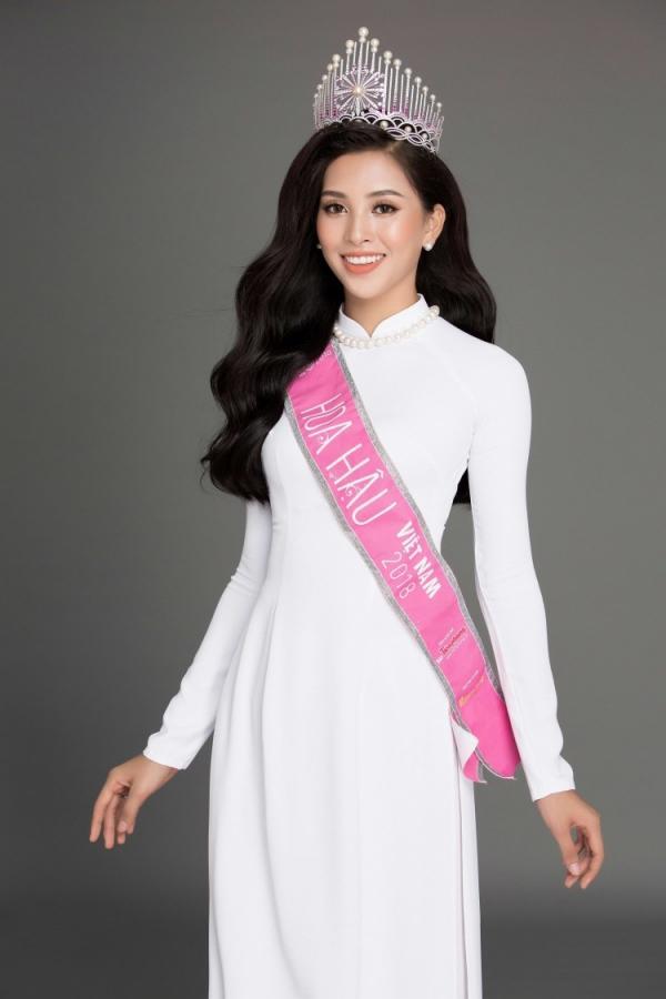 Nguyễn Thị Loan mách nước 3 điều vàng ngọc cho Trần Tiểu Vy chinh phục Miss World 2018-2