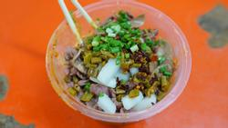 Tiệm mỳ thịt bò 'mỏng như lá lúa' dành cho người kiên nhẫn ở Vũ Hán