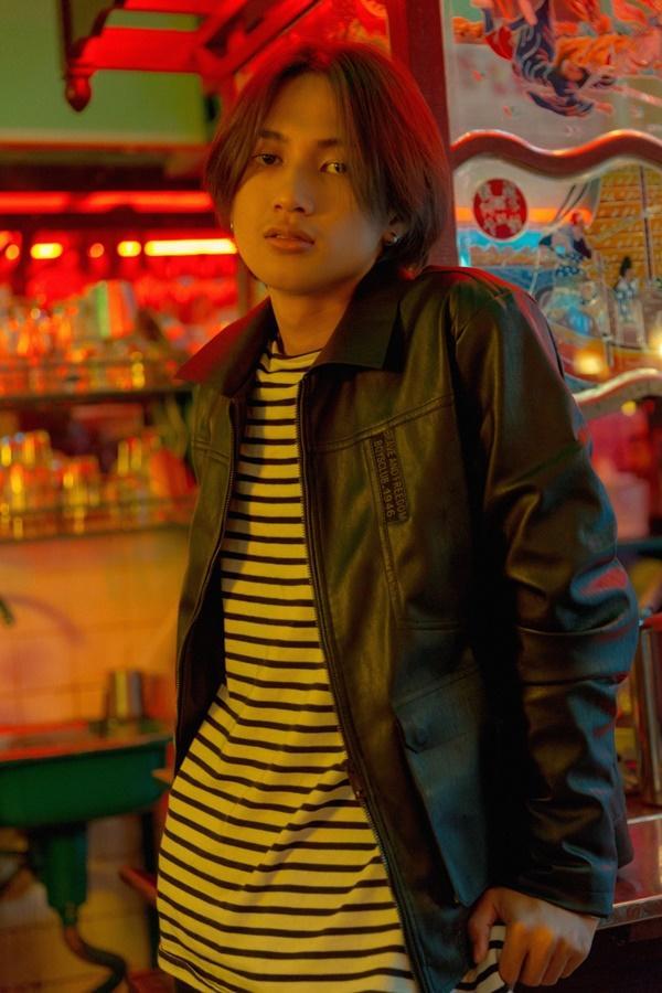 Mặc cho bản audio bị chê tơi tả, ca khúc trên bàn nhậu Hongkong1 vẫn được phát hành MV-2