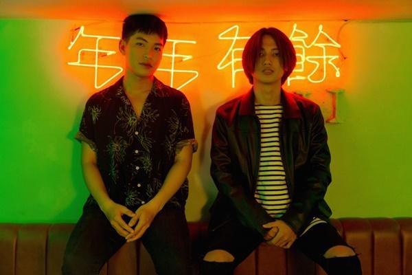Mặc cho bản audio bị chê tơi tả, ca khúc trên bàn nhậu Hongkong1 vẫn được phát hành MV-6
