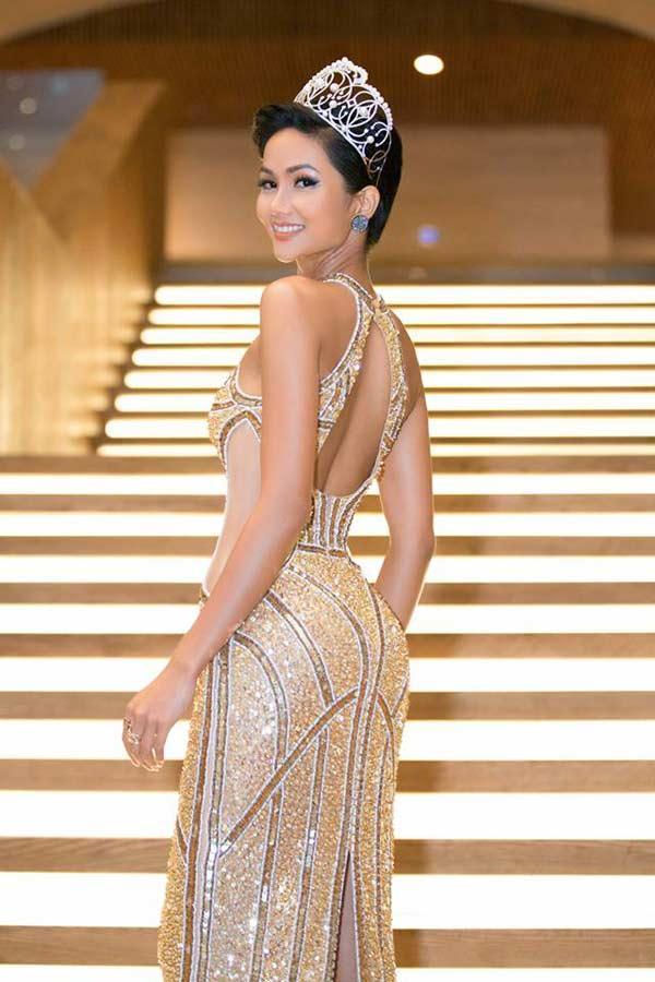 Hoa hậu người Ê Đê gia nhập đội ngũ người đẹp có vòng 3 gần 1m-10