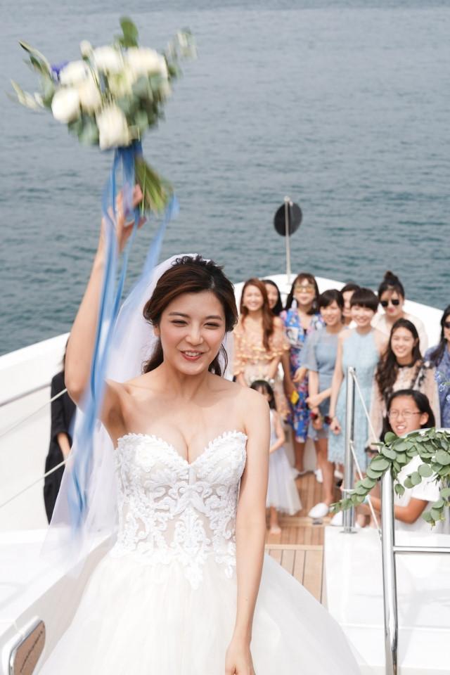 Lễ cưới trên du thuyền của tài tử TVB và người đẹp kém 13 tuổi-7