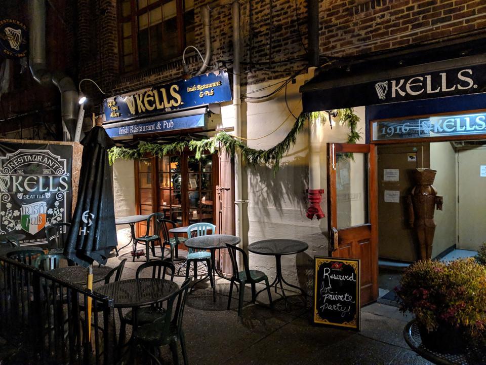 6 quán bar ở Mỹ nổi tiếng hút khách vì những hồn ma vất vưởng-1