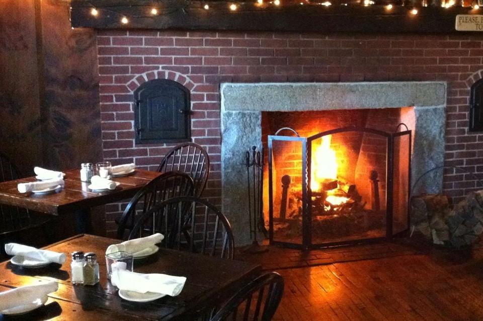 6 quán bar ở Mỹ nổi tiếng hút khách vì những hồn ma vất vưởng-4