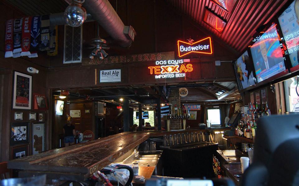 6 quán bar ở Mỹ nổi tiếng hút khách vì những hồn ma vất vưởng-7