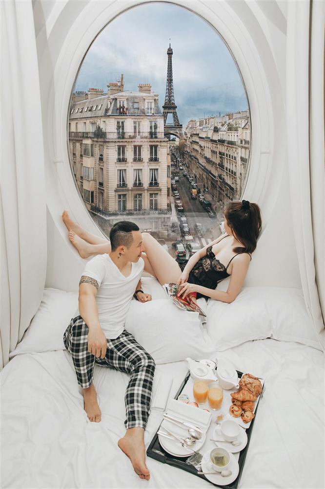 Bỏ cả đống tiền thuê khách sạn sang chảnh ở Pháp mà Ngọc Trinh vẫn bị nghi sống ảo mà photoshop như thật-11