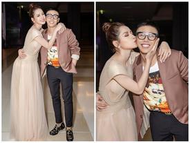 Chi Pu khuấy đảo sự kiện khi hôn stylist Hoàng Ku ngay trên thảm đỏ