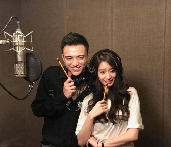 Khoảnh khắc dễ thương: Soobin cứ việc nhá hàng bài mới, còn bấm like để Jiyeon (T-ara) lo!-2