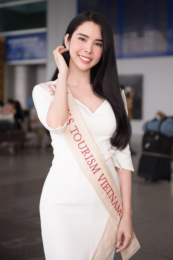 Người tình Isaac Liên Bỉnh Phát ra sân bay tiễn Huỳnh Vy thi Miss Tourism Queen Worldwide 2018-1
