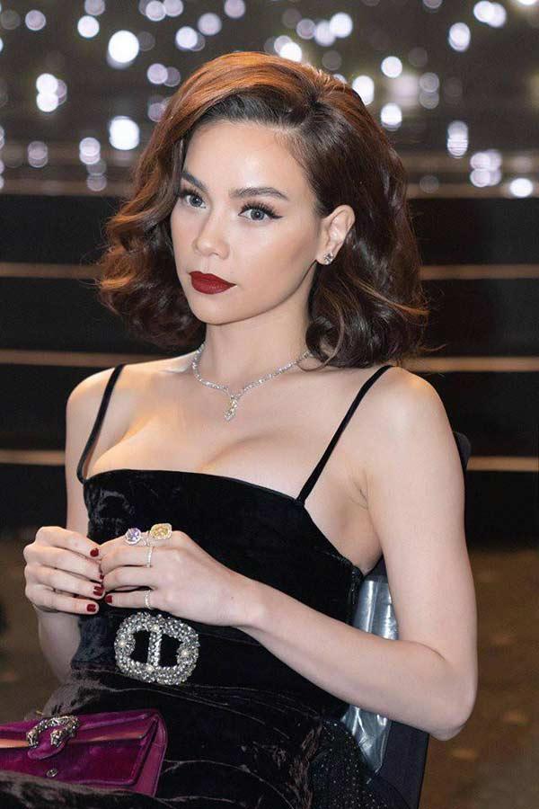 1001 lý do vòng 1 trồi sụt, lên xuống thất thường của các người đẹp Việt-9