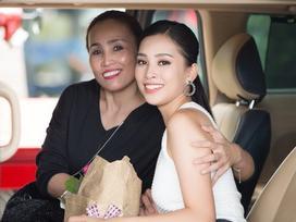 Nhan sắc mẹ các sao Việt: Cứ tưởng mẹ Tú Anh trẻ đẹp nhất rồi nhưng vẫn phải nhường người này