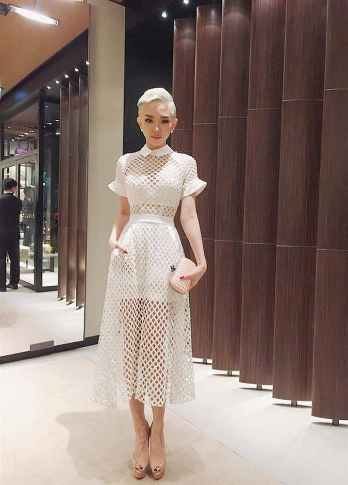 Tóc Tiên trở thành cô dâu của Hoàng Touliver: Fan mong chờ chiếc váy cưới cá tính nhất làng showbiz-8