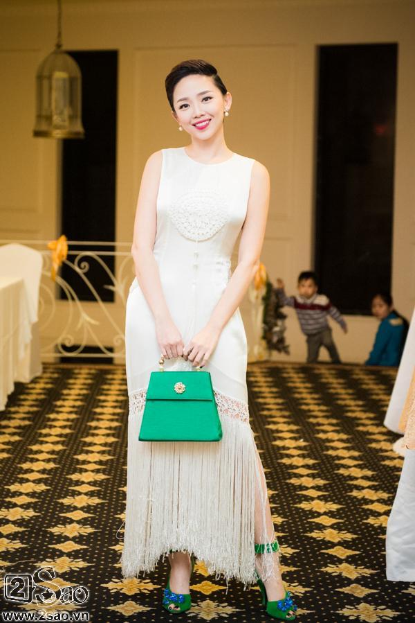 Tóc Tiên trở thành cô dâu của Hoàng Touliver: Fan mong chờ chiếc váy cưới cá tính nhất làng showbiz-9