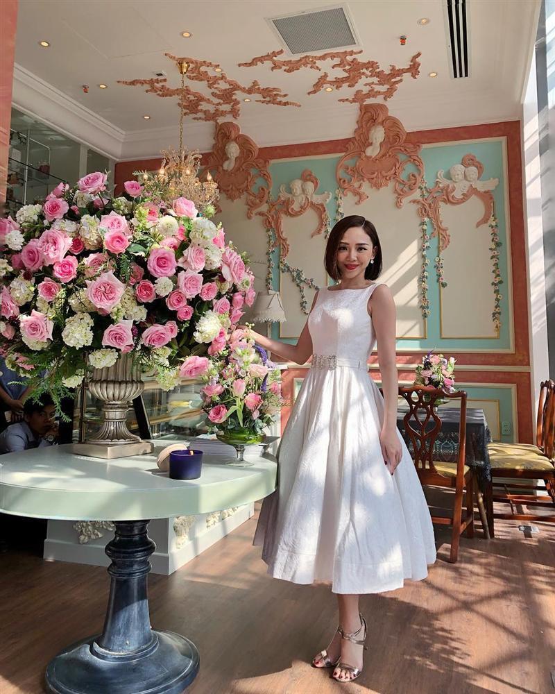 Tóc Tiên trở thành cô dâu của Hoàng Touliver: Fan mong chờ chiếc váy cưới cá tính nhất làng showbiz-7