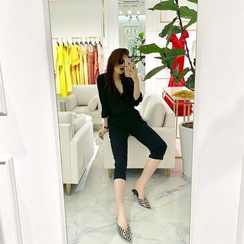 Quách Ngọc Ngoan khen Ngọc Trinh là cô gái xuất sắc nhất của showbiz Việt-7