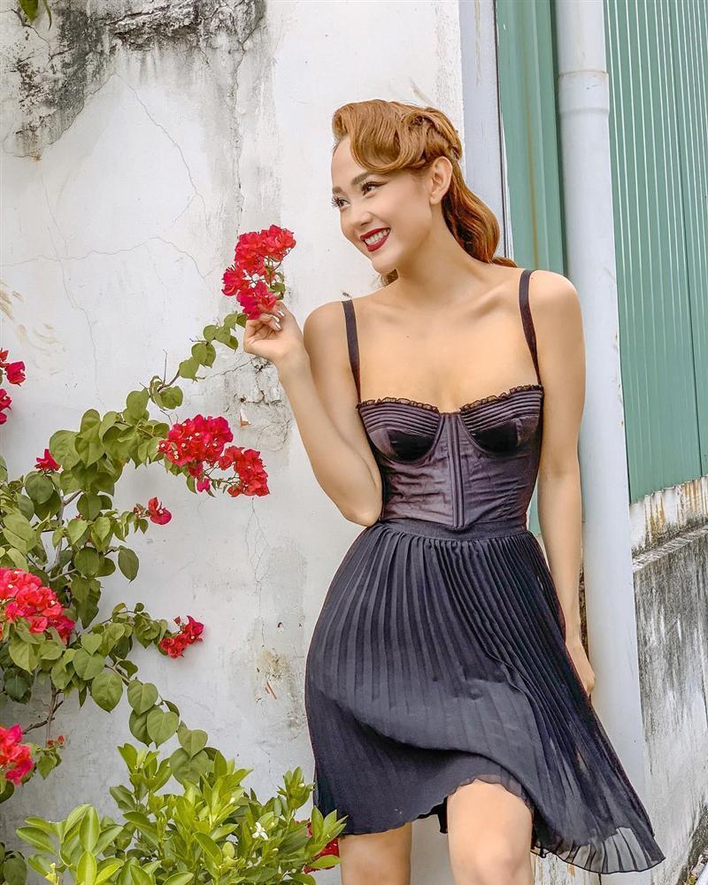 Quách Ngọc Ngoan khen Ngọc Trinh là cô gái xuất sắc nhất của showbiz Việt-9