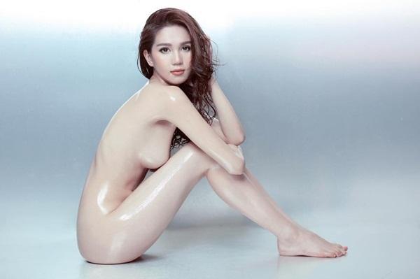 Đăng ảnh bán nude sexy, Phương Thanh 45 tuổi gia nhập đường đua khoe thân cùng dàn mỹ nhân trẻ-5
