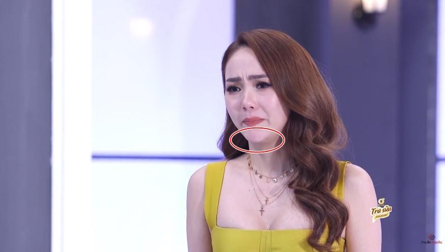 1.001 khoảnh khắc cằm Minh Hằng muốn xuyên thủng vạn vật tại The Face 2018-3
