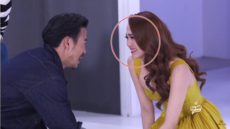 1.001 khoảnh khắc cằm Minh Hằng muốn xuyên thủng vạn vật tại The Face 2018-4